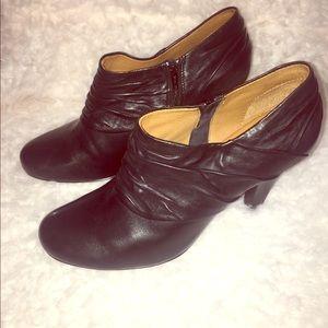 Sofft black booties. NWOT. Size 10 black